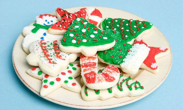 Χριστουγεννιάτικα μπισκότα; Η πιο τέλεια συνταγή με μόνο τέσσερα υλικά (vid)