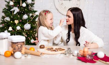Εύκολα χριστουγεννιάτικα γλυκάκια που μπορείτε να φτιάξετε με τα παιδιά σας