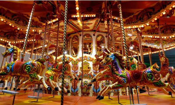 Christmas Fantasy Fun Park and Theater: Το Θαύμα των Χριστουγέννων