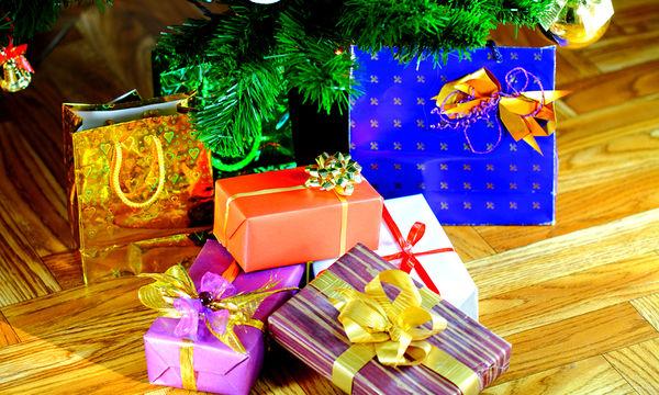 Πρωτότυπο χριστουγεννιάτικο δώρο: Ξύλινος περιστρεφόμενος μύλος με κίνηση από κεριά ρεσό
