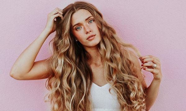 4 απλές συμβουλές για να έχεις λαμπερά και υγιή μαλλιά