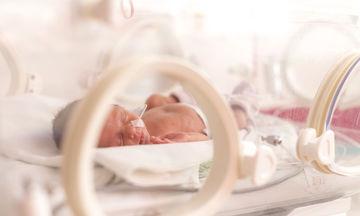 Οι καινοτόμες πάνες που επιτρέπουν στα πρόωρα μωρά να αναπτυχθούν με ασφάλεια