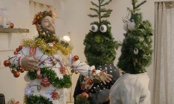 Αυτές είναι οι δέκα πιο αστείες χριστουγεννιάτικες διαφημίσεις που έχετε δει (vid)