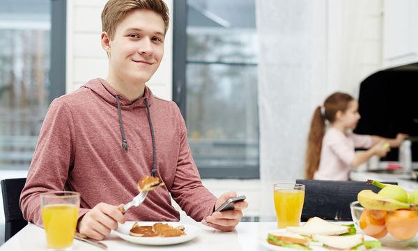 Δεν τρώει ο έφηβος σας το πρωινό του; Συνταγές για να τον δελεάσετε! (pics)