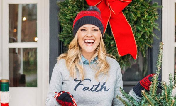 Τι σχέση έχει η Reese Witherspoon με την κυρία Αη Βασίλη; Δεν θα το πιστέψετε! (pics)