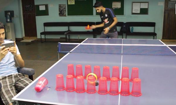 Μα τι έκανε ο παίχτης; Απίθανα κόλπα στο ping pong! (vid)