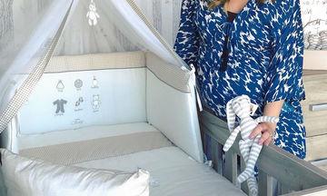 Ελληνίδα παρουσιάστρια περιμένει όλο χαρά τον Αη Βασίλη να της «φέρει» το 2ο μωρό της! (pics)