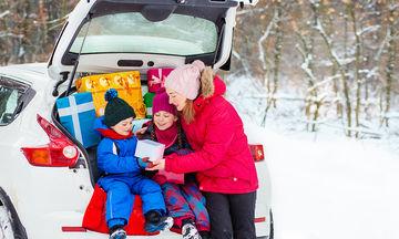 Διακοπές με τα παιδιά: Πώς να προετοιμαστείτε και ποιες πιθανές… ανατροπές να έχετε κατά νου