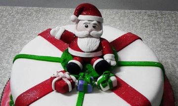 Εντυπωσιακές ιδέες διακόσμησης για τούρτες με θέμα τον Άγιο Βασίλη (pics)