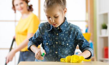 Πώς να μάθετε στα παιδιά να καθαρίζουν και να τακτοποιούν το δωμάτιό τους