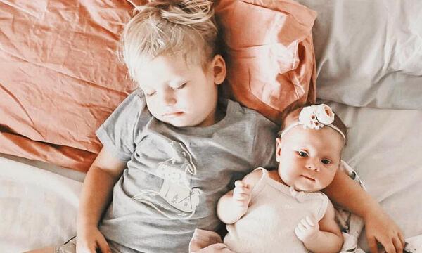 Γονείς αποτυπώνουν σε φωτογραφίες ευτυχισμένες στιγμές των παιδιών τους (pics)