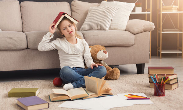 Δυσκολεύεστε να βάλετε το παιδί σας σε πρόγραμμα μετά τις διακοπές; Τι μπορείτε να κάνετε