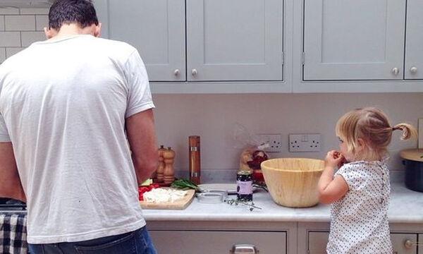Καθαριστικό προσώπου για άνδρες - Το τέλειο δώρο για τον μπαμπά