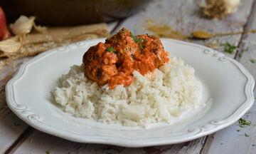 Σουτζουκάκια: Η απόλυτη συνταγή για το πιο νόστιμο μαμαδίστικο φαγητό