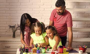 Παίξτε μαζί με τα παιδιά σας φτιάχνοντας χρήσιμα και διακοσμητικά αντικείμενα (vid)
