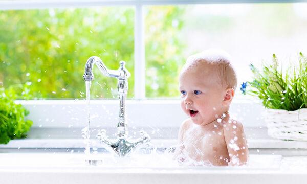 Προϊόντα περιποίησης νεογέννητου: Υγρό καθαρισμού και ενυδάτωσης το βρεφικού δέρματος