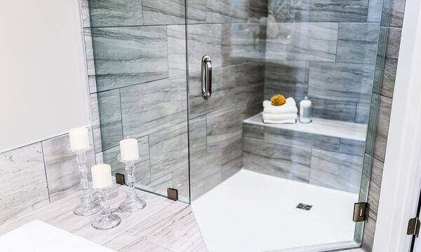 DIY καθαριστικό για να αστράφτει η ντουζιέρα σας