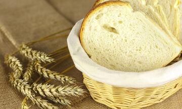 Τι μπορείτε να καθαρίσετε με μια φέτα ψωμιού