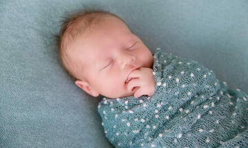 Φωτογράφος αποκαλύπτει μυστικά και δίνει οδηγίες για τη φωτογράφιση νεογέννητων (pics)