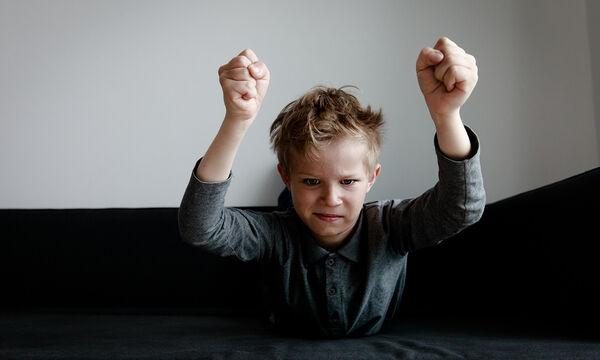 Επιθετικό παιδί: Τι μπορούν και τι πρέπει να κάνουν οι γονείς;