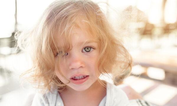 Γιατί τα παιδιά πολλές φορές δεν είναι με τίποτα ευχαριστημένα; (vid)