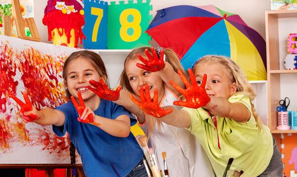Δεκαπέντε εντυπωσιακές χειροτεχνίες που μπορεί να φτιάξει μόνο του το παιδί (vid)