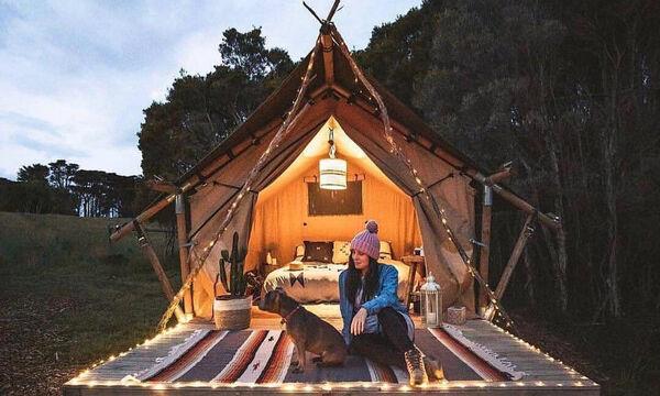 Αν σας αρέσουν τα ξύλινα μικρά σπίτια, θα πάθετε πλάκα με αυτά που θα δείτε σήμερα (pics)