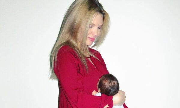Αλούπη: Δημοσίευσε φωτό με τον νεογέννητο γιο της τη μέρα που επέστρεψαν σπίτι από το μαιευτήριο!