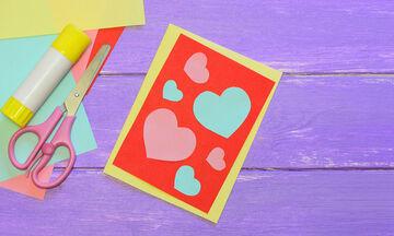 Πείτε «Σ' αγαπώ!» με μια κάρτα: Εύκολες κατασκευές για παιδιά (vid)