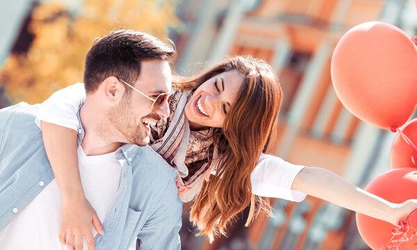 Πώς να παραμείνετε ερωτευμένο ζευγάρι ενώ είστε γονείς