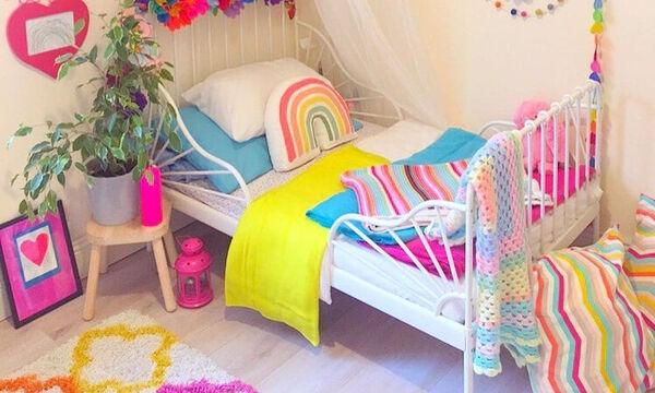 Ιδέες διακόσμησης: Παιδικό δωμάτιο στα χρώματα του ουράνιου τόξου (pics)