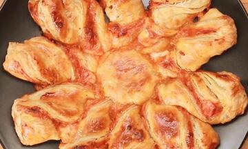 Συνταγή για την πιο γρήγορη και τραγανή πίτσα που έχετε φτιάξει (vid)