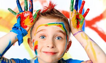 Πρωτότυπες ζωγραφιές με παιδικά δαχτυλικά αποτυπώματα και όχι μόνο (vid)