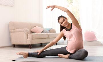 Yoga στην εγκυμοσύνη: Οφέλη και τι να προσέξετε (vid)
