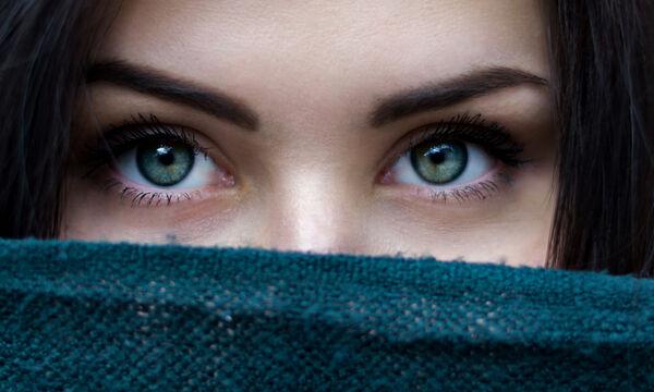 Πρέπει να κρατάς μυστικά; Πόσο καλό ή κακό κάνουν στην υγεία σου;