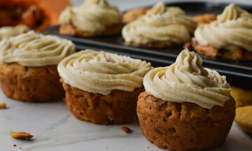 Cupcakes κολοκύθας με επικάλυψη κανέλας