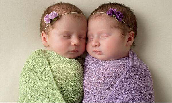 Καταπληκτικό! Δύο αδελφές γέννησαν στο ίδιο νοσοκομείο, την ίδια ημέρα! (vid)