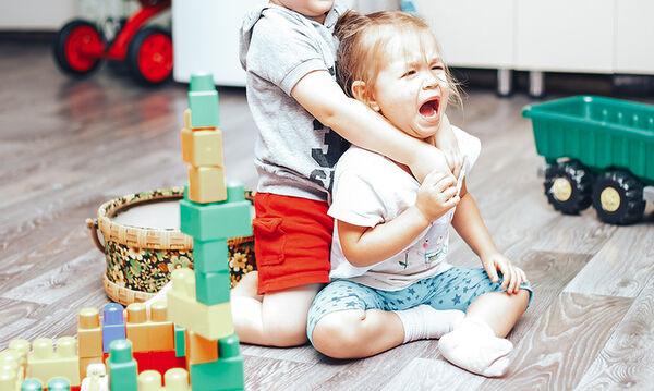 Πώς θα μάθει το παιδί να μοιράζεται τα παιχνίδια του