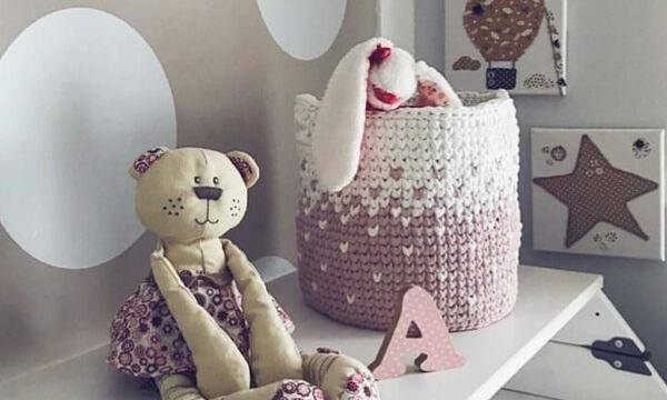 Πλέξτε διακοσμητικά και παιχνίδια για το δωμάτιο του μωρού σας (vid & pics)