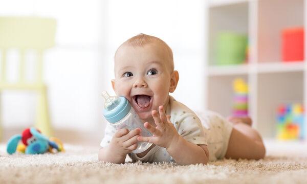Πότε το μωρό μου μπορεί να πιει νερό;