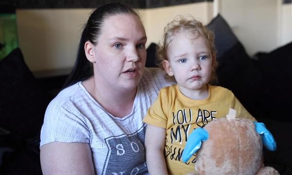 Αγόρι 2 ετών κινδύνευσε σοβαρά από τον ιό του έρπη  - Τι πρέπει να προσέχουν οι γονείς (vid)