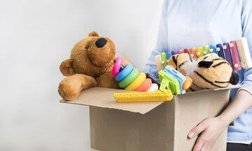 Δεν φαντάζεστε τι μπορείτε να φτιάξετε από τα παλιά παιχνίδια των παιδιών σας! (vid)