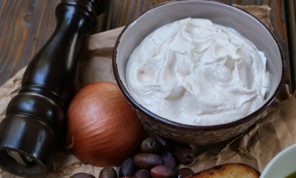 Συνταγή για να φτιάξετε την πιο νόστιμη ταραμοσαλάτα
