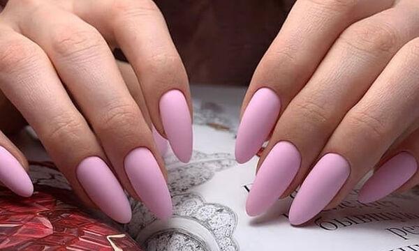 Ανοιξιάτικα μανικιούρ: 15 σχέδια και χρώματα για τα νύχια σας (pics)