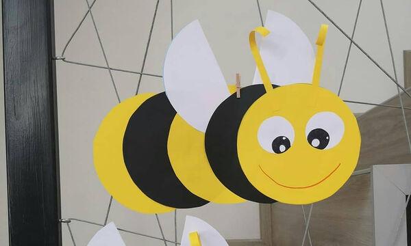 Κατασκευή για παιδιά: Διακοσμητικές μελισσούλες για το παιδικό δωμάτιο (pics)