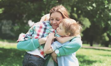 Μεγαλώστε τα παιδιά σας με ενσυναίσθηση