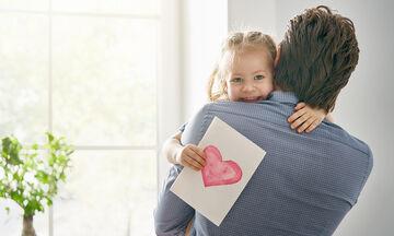 Αυτός είναι ο καλύτερος μπαμπάς του κόσμου! Δείτε για ποιο λόγο (vid)