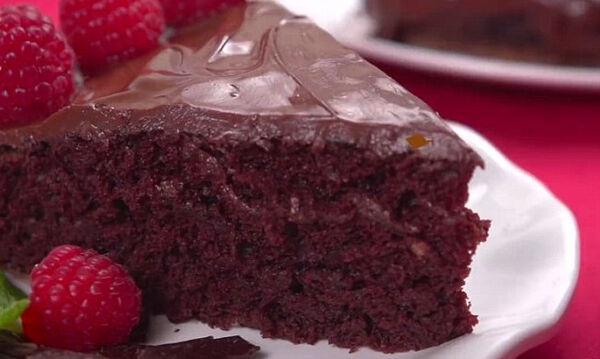 Νηστίσιμo κέικ σοκολάτας χωρίς αυγά, γάλα, βούτυρο και μίξερ! (vid)