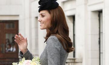 Η πρώτη κοινή εμφάνιση της Kate Middleton με την Ελισάβετ μετά από 7 χρόνια είναι γεγονός
