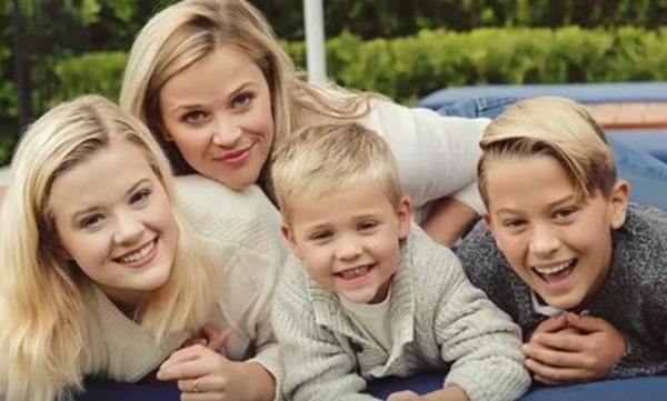 Ποια διάσημα ζευγάρια έχουν πάνω από τρία παιδιά (vid)